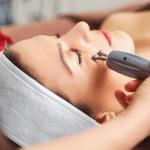 women having a microcurrent treatment